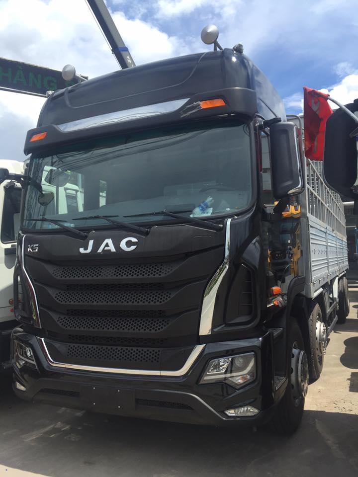 xe tải jac 4 chân k5